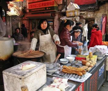 Street food stall in Zhabei district